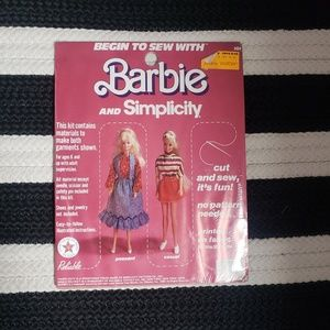 Barbie Vintage Begin to Sew Kit